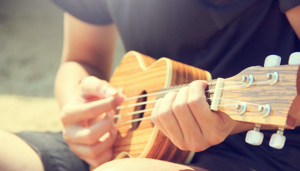 ukulele-close